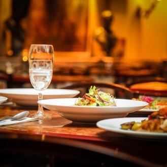 restaurant-939435_1280
